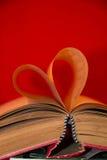 Libro con en forma de corazón Fotografía de archivo