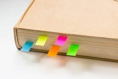 Libro con las señales en el fondo blanco Imagen de archivo libre de regalías
