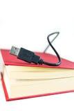 Libro con USB Fotografie Stock Libere da Diritti