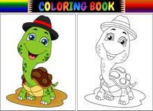 Libro de colorear con el casquillo que lleva de la tortuga linda Fotografía de archivo