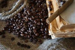 Libro de la cuerda del grano de café Foto de archivo