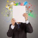 Libro de la demostración de la mano del hombre de negocios del negocio del éxito Imagen de archivo