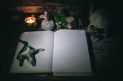 Libro de la magia fotos de archivo