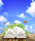 Libro de la naturaleza Imagen de archivo libre de regalías