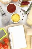 Libro de la receta para la pizza Imágenes de archivo libres de regalías
