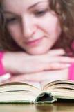 Libro de lectura Imagenes de archivo