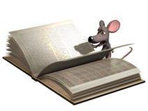 Libro de lectura del ratón de la historieta Fotografía de archivo