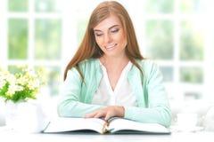 Libro de lectura chica tetona