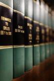 Libro de ley en ventas Foto de archivo libre de regalías