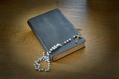 Libro de oración Imágenes de archivo libres de regalías