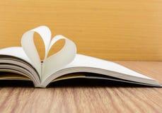 Libro del cuore immagine stock libera da diritti