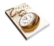 Libro del reloj de bolsillo antiguo imagenes de archivo