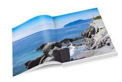 Libro della costa rocciosa di Nervi a Genova fotografia stock