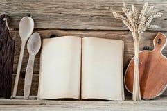 Libro della cucina con le pagine in bianco Immagini Stock