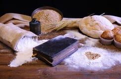 Libro di cucina. fotografia stock libera da diritti
