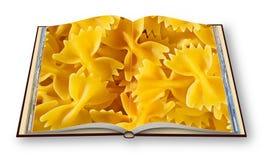 Libro di cucina italiano della pasta, chiamato farfalle per la sua forma particolare - 3D renda l'immagine di concetto del libro  immagini stock