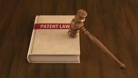 Libro di legge di brevetti con il martelletto su esso illustrazione vettoriale