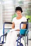 Libro di lettura handicappato Immagine Stock
