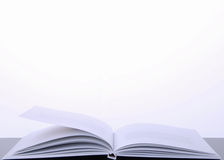 Libro en un fondo blanco Fotografía de archivo libre de regalías