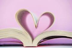 Libro a forma di del cuore Fotografia Stock Libera da Diritti