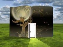 Libro Luna Llena y árbol viejo libre illustration