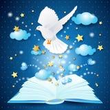 Libro magico con la colomba Fotografia Stock