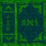 Libro magico verde della copertura royalty illustrazione gratis