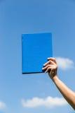 Libro sul cielo Immagini Stock