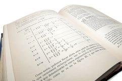 Libro viejo de la matemáticas fotos de archivo libres de regalías