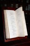 Libro viejo del remedio del boticario Imagen de archivo