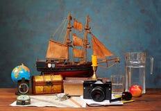 Libro y diversas cosas Foto de archivo libre de regalías