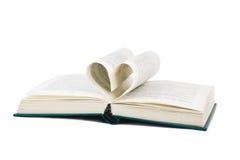 Libro y paginaciones en forma de corazón Fotografía de archivo libre de regalías
