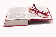 Libro y vidrios Fotografía de archivo libre de regalías