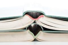 Libros abiertos empilados Foto de archivo libre de regalías
