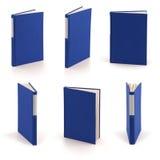 Libros azules en blanco - camino de recortes Fotos de archivo libres de regalías