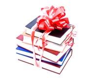 Libros con un arqueamiento Imagen de archivo