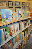 Libros de la biblioteca Fotos de archivo