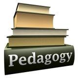 Libros de la educación - pedagogía Imágenes de archivo libres de regalías
