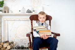Libros de la explotación agrícola del muchacho Fotografía de archivo libre de regalías