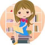 Libros de lectura lindos de la niña en la biblioteca stock de ilustración