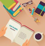 Libros de lectura mesa, sistema de iconos planos stock de ilustración