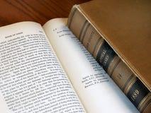 Libros de ley viejos Fotos de archivo