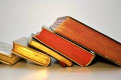 Libros de oración antiguos de la fila Imagen de archivo