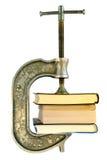 Libros en una información vice-que archiva foto de archivo