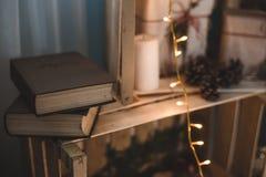 Libros hechos a mano de la decoración de la Navidad Imagen de archivo