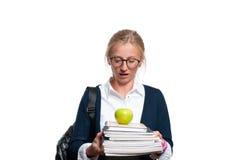 Libros jovenes felices de la explotación agrícola de la muchacha del estudiante De nuevo a escuela Fotos de archivo