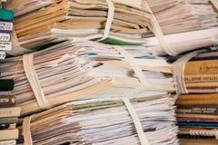 Libros y papel innecesarios 2 Foto de archivo libre de regalías