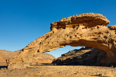 libya för ärke- infudha för akakus naturlig rock sahara royaltyfria bilder