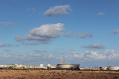 Libyer-sidraoljefält arkivfoto