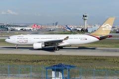Libysk arabisk flygbuss A330-202 för flygbolag 5A-LAR Royaltyfri Bild